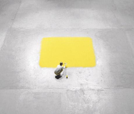 wolfgang-laib-yellow